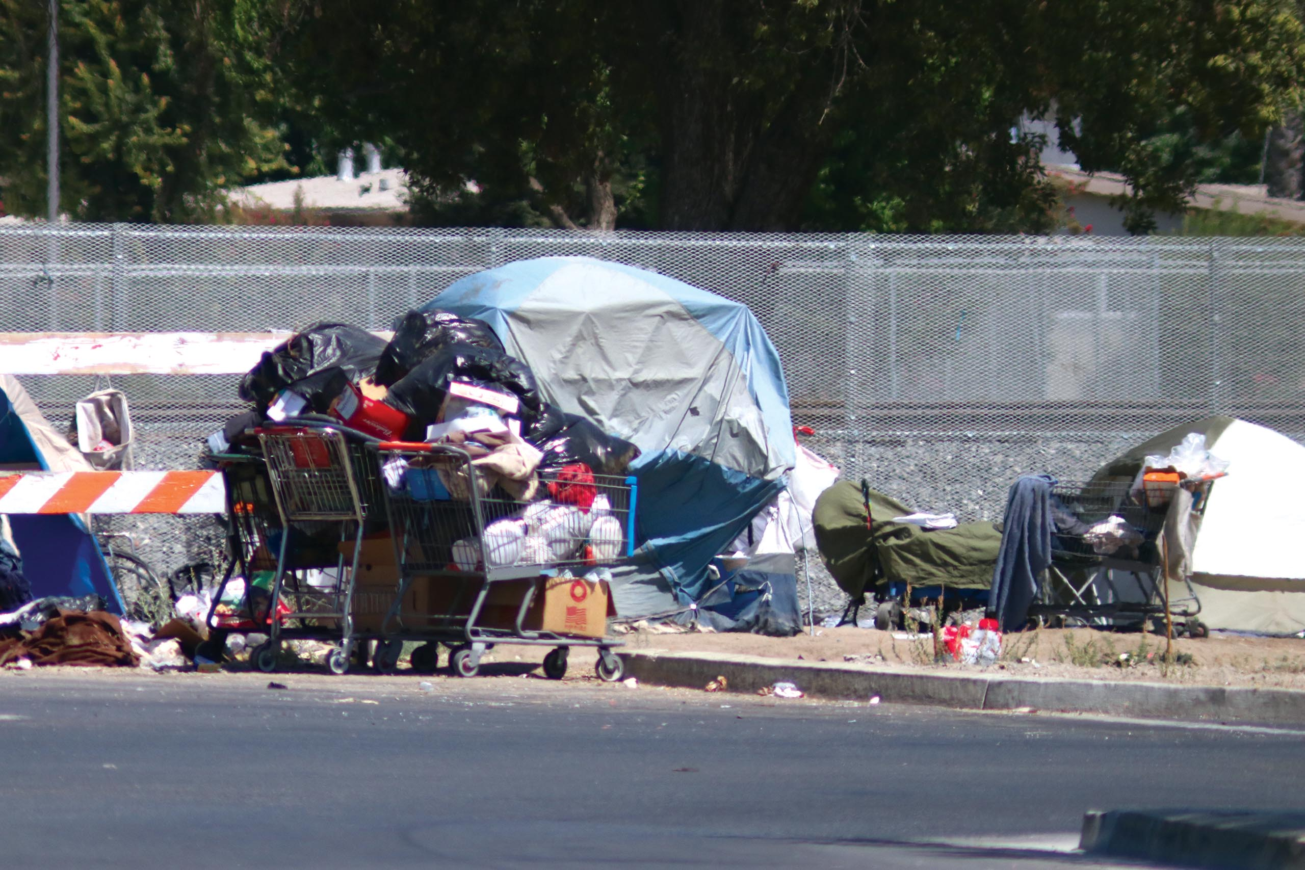 pm-front-tulare_tent-trash