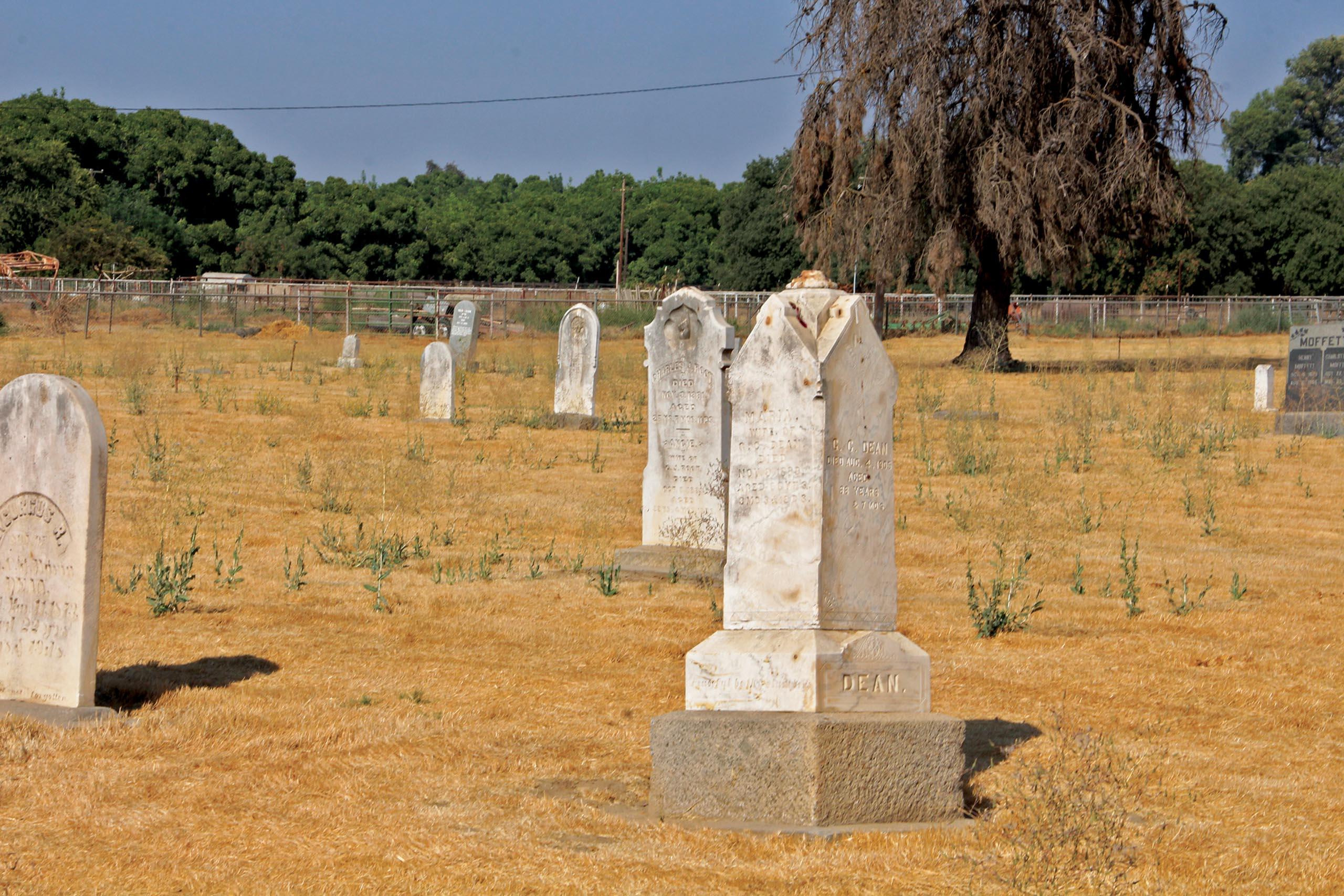 jj-a4-outside-creek-cemetery_wide