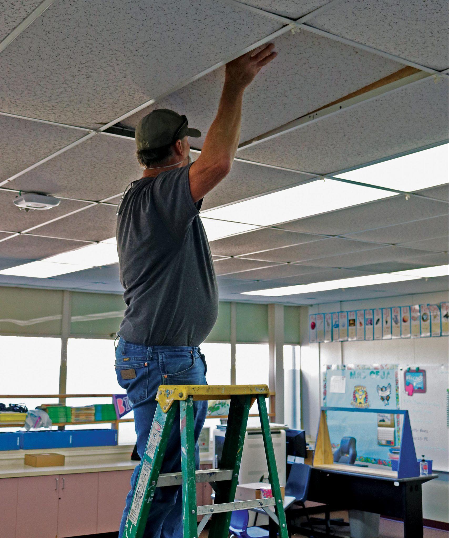 jj-ed-sunnyside-elementary_ceiling-construction_vert