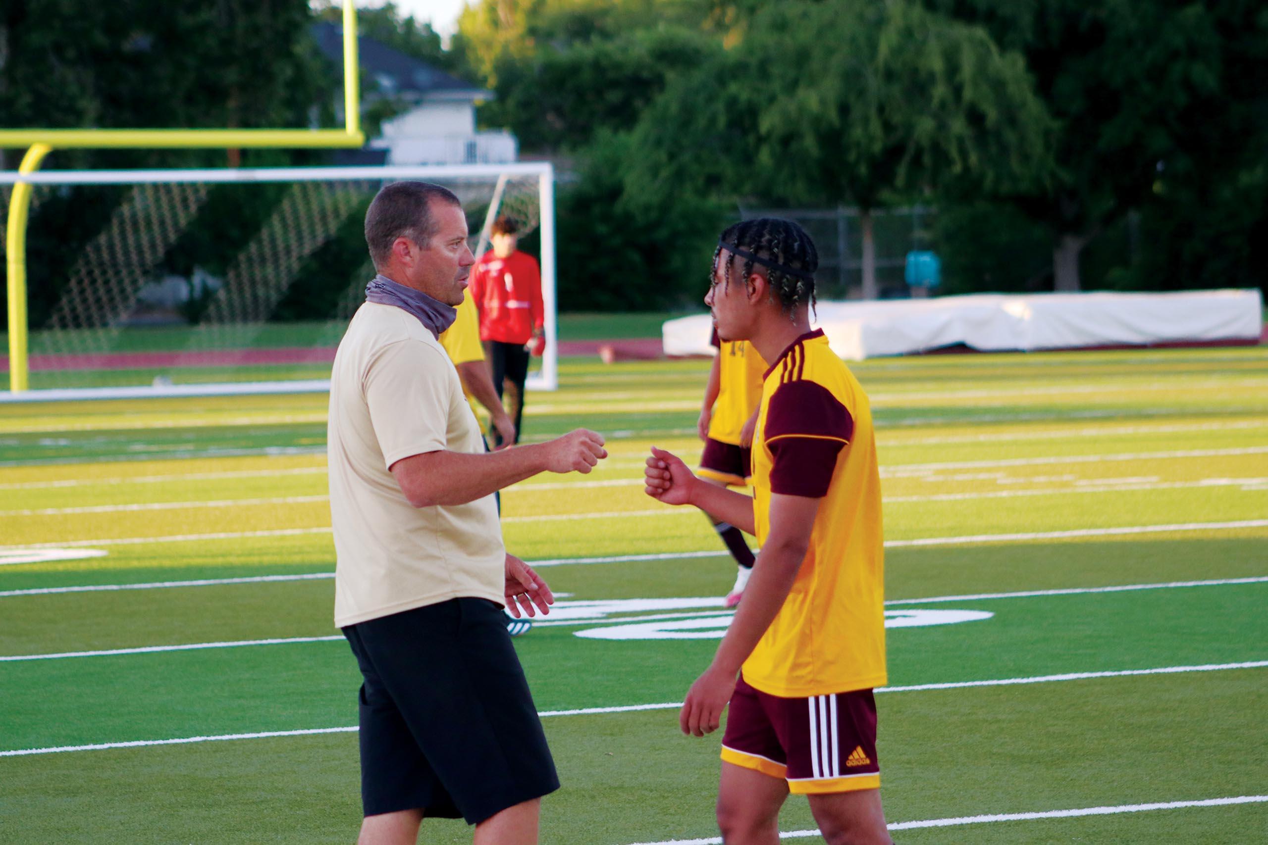 jj-sports-tulare-union-boys-soccer_coach-mike-shaffer